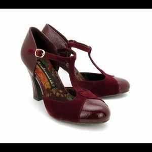 Modcloth BAIT Velma T strap heels 6.5